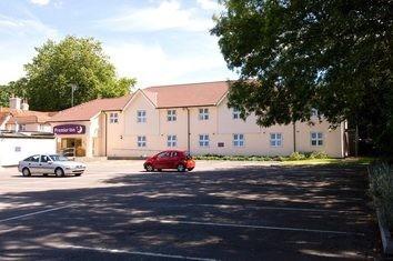 Premier Inn Bracknell (Twin Bridges) Hotel