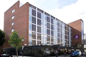 Premier Inn London Kensington (Earl's Court) Hotel