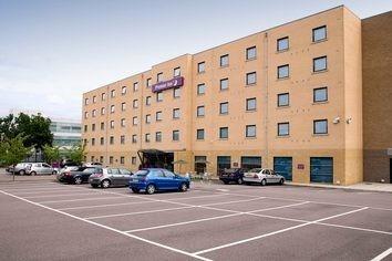 Premier Inn Stevenage Central Hotel