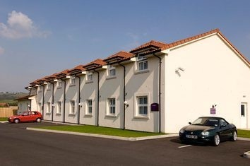 Premier Inn Weston-Super-Mare (Lympsham) Hotel