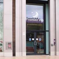Premier Inn Edinburgh City Centre (Princess Street) Hotel