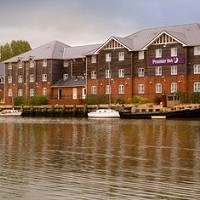Premier Inn Isle Of Wight (Newport) Hotel