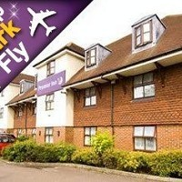 Premier Inn London Gatwick Airport South Hotel