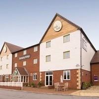 Premier Inn Manchester Trafford Centre North Hotel