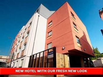 Travelodge London Balham Hotel 177 High Road Sw12 9bx Click Here For More Information