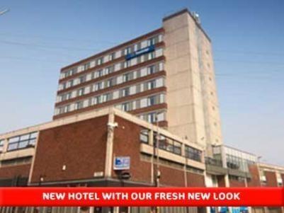 Travelodge Altrincham Central Hotel