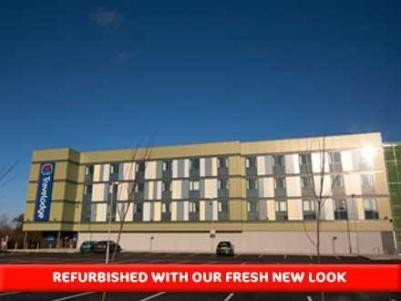 Travelodge Doncaster Lakeside Hotel