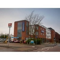 Travelodge Camberley Central Hotel