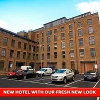 Travelodge Glossop Hotel