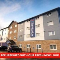 Travelodge Huddersfield Hotel