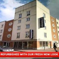 Travelodge Watford Central Hotel