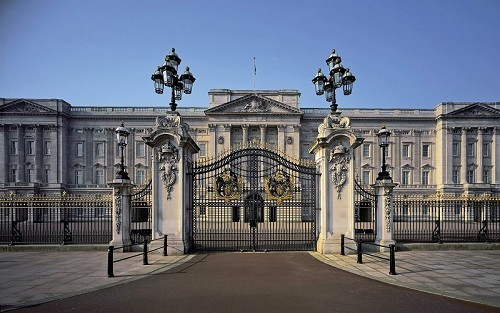 Buckingham Palace - © Royal Collection Trust/Her Majesty Queen Elizabeth II 2013, Photograph by Andrew Holt