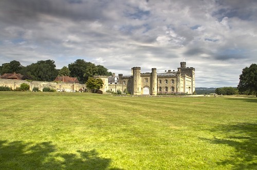 Chiddingstone Castle