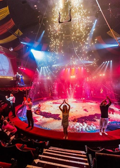 Hippodrome Circus - Finale Shot