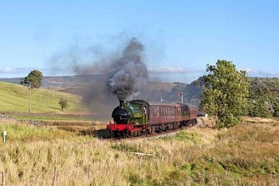 Visiting Steam Locomotives and Live Music at Spa Valley Railways Annual Summer Steam Festival
