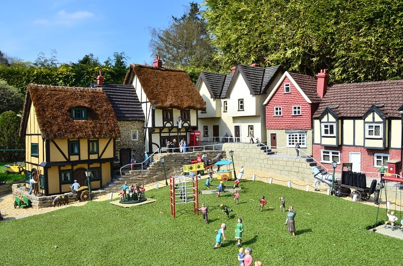 Bekonscot Model Village & Railway is the world's oldest & original model village, opening for the fi See More. Community See All. 13, people like this. The ticket also includes FREE entry to Bekonscot Village with 1 accompanying adult plus 1 child entry to Santa's Grotto/5(K).